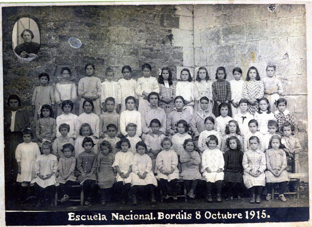 1915_10_08_Escola nenes_000303