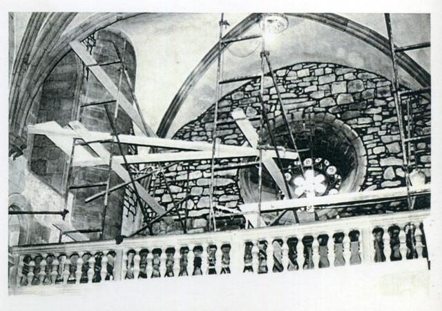 1981_11_01_església_obres restauració interior 4_000419