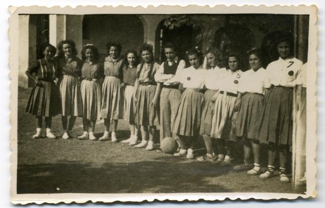 1940_00_00_d_Bàsquet femení 1_000592