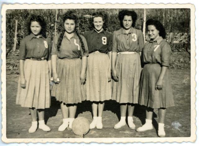 1948_00_00 Bàsquet femení 1-000593
