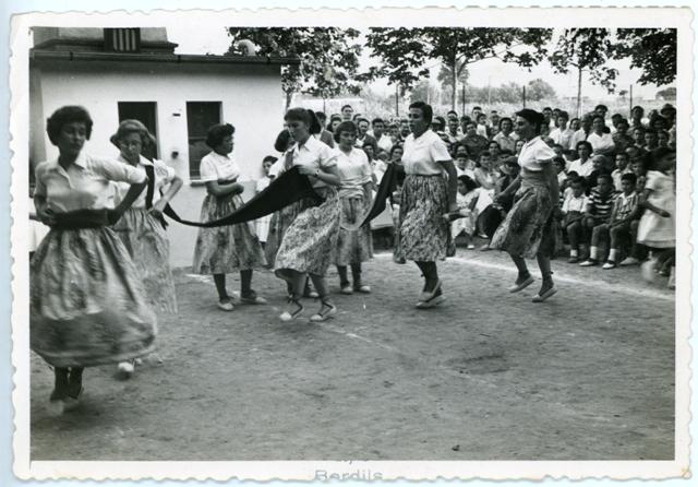 1958_07_13 _Festes Populars_Balls Tradicionals_000614