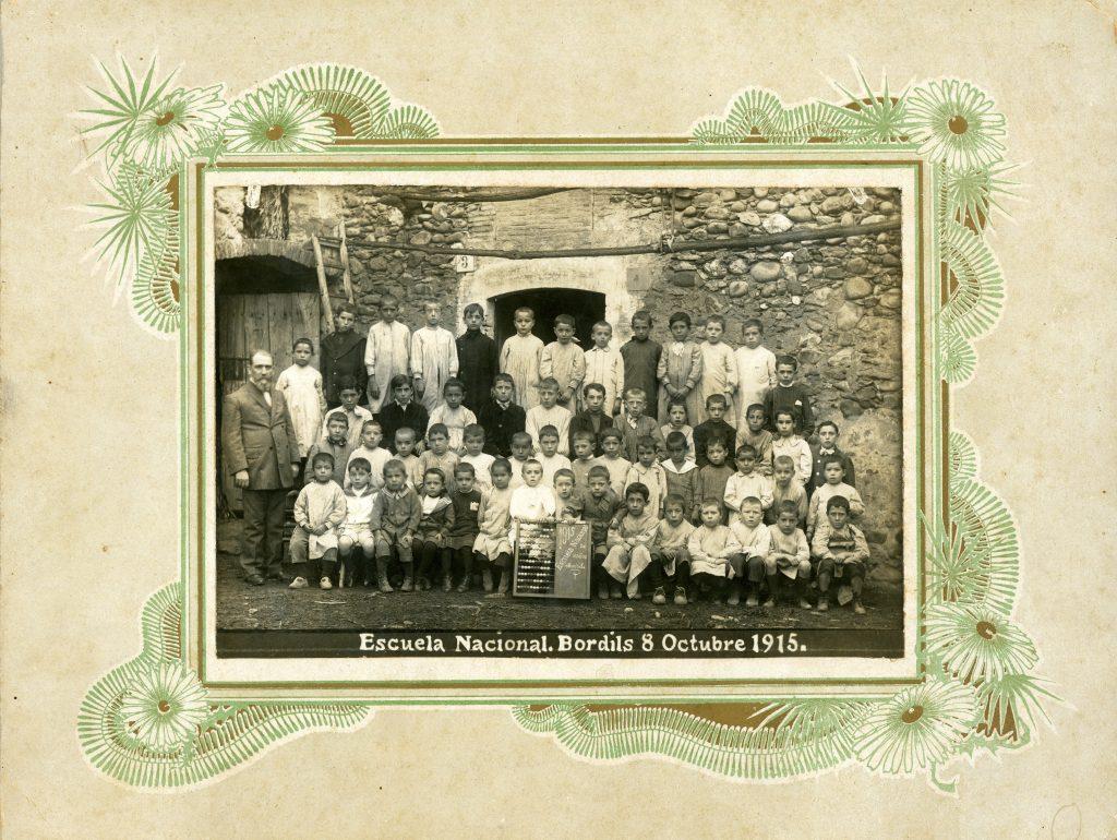 1915_10_08 Escoles Velles_001135